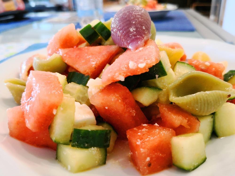 Melone-Feta-Nudelsalat